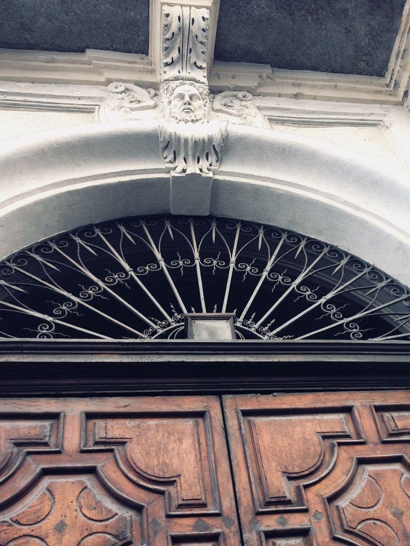 Portoni storici a Torino