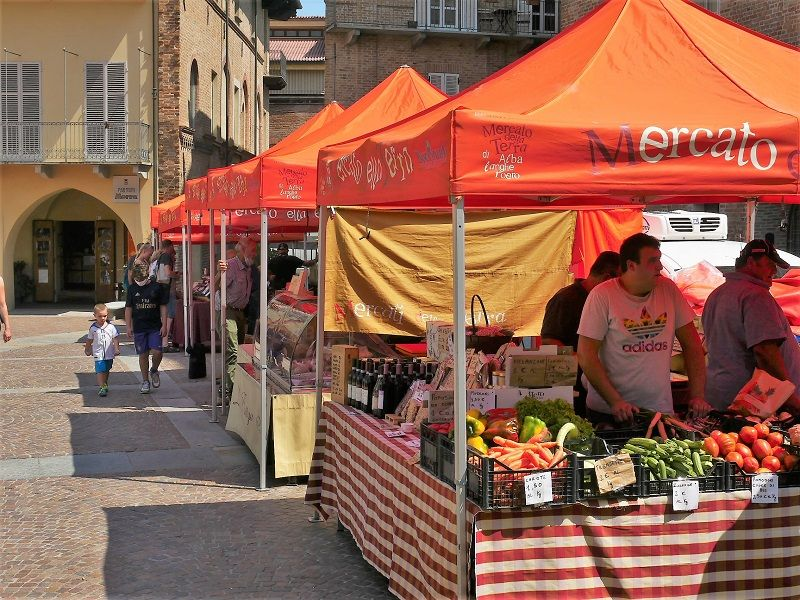 Slow Food market in Alba